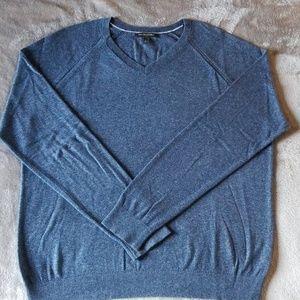 Banana Republic Sweater  - Mens